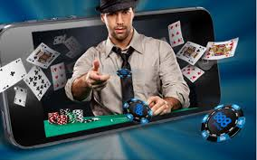 Playing Poker Online: An Intro